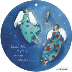 carte postale illustrée par anne sophie rutsaert et éditée aux éditions des correspondances quand noël se penche les anges descendent