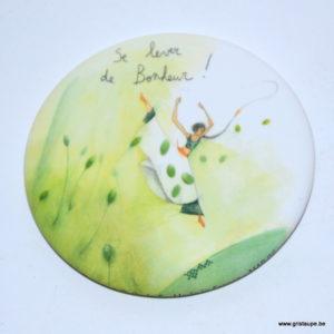 magnet illustré par anne sophie rutsaert et édité aux éditions des correspondances se lever de bonheur