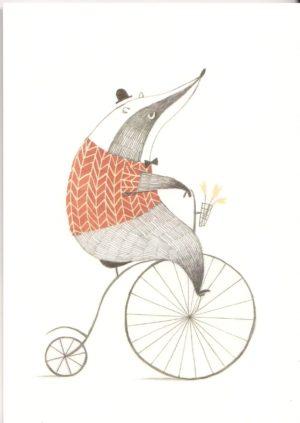carte postale illustrée et éditée par aline tekent représentant un blaireau sur vélo